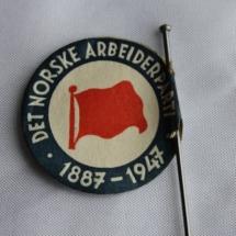 Arbeiderpartiet 60 års jubileums merke i papir