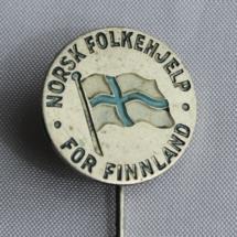 Norsk Folkehjelp For Finland nål men med skrivefeil 2 n i Finnland