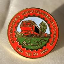 Statsbanenes verkstedarbeiderforening jubileums merke 100 år i 1994 (Gitt av Eva Andresen)