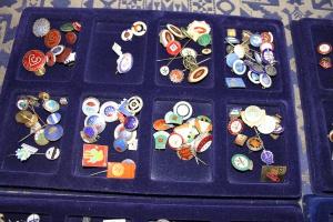 Pins samling 6 september 005