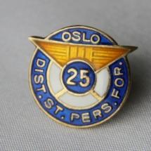 Oslo distrikts st pers forening 25 års merke -gitt av Morten Hagen