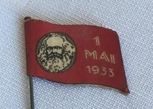 1 mai merke 1933 forside. Merke ligger i samlingen til M. Østby