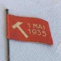 1 mai merke 1935 forside. Merke ligger i samlingen til M. Østby