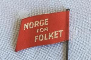 1 mai merke 1936 bakside. Merke ligger i samlingen til M. Østby