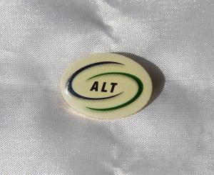 A.L.T. organisasjon for administrative, Ledende og tekniske Stillinger etb 2004 het tidligere Norsk Merkantilt Forbund gikk inn i IE i 2008