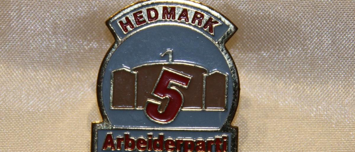 Merke fra Hedmark Arbeiderparti. Brukt til valget i 1989.